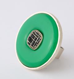 Chanel Chanel Green Glass Onyx Silver Ring - 1193766