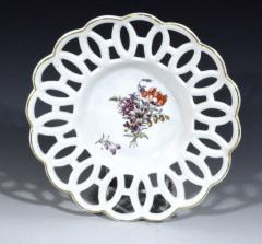 Chelsea Porcelain Manufactory Antique English Porcelain Botanical Chelsea Latticed Circular Dishes - 1778865