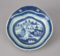 Chinese Export Porcelain Shrimp Dish - 790076