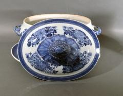 Chinese Porcelain 18th Century Chinese Export Porcelain Blue Fitzhugh Soup Tureen Cover Stand - 1614200