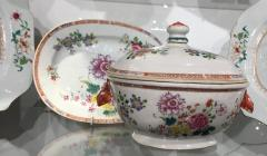Chinese Porcelain Chinese Export Famille Rose Porcelain Tureen Cover Stand - 1618620