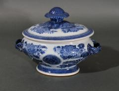 Chinese Porcelain Chinese Export Porcelain Blue Fitzhugh Sauce Tureens Covers Stands - 1618551