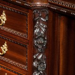 Chippendale Style Late mahogany Chippendale style pedestal desk - 1908804