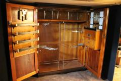 Attractive Compactom 1930s Very Large All Fitted Closet Extra Large Mahogany Steamer  Trunk   129336