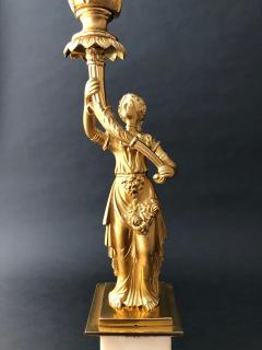 Cornelius and Company A Pair of Classical Candelabra - 1334254