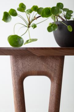 David Gaynor Design Hair Pin Dining Table - 1602149