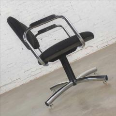 Delwood Furniture Co Vintage modern chrome black office armchair 4 prong base style steelcase - 1588701