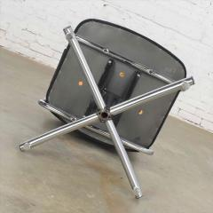 Delwood Furniture Co Vintage modern chrome black office armchair 4 prong base style steelcase - 1588711