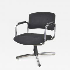 Delwood Furniture Co Vintage modern chrome black office armchair 4 prong base style steelcase - 1590119