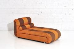 Directional Chaise Lounge Silk Fabric 1980 s - 1911662
