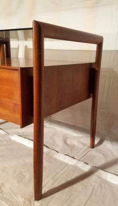 Drexel Drexel Heritage Furniture Pair of Walnut End Tables from the Parallel Line for Drexel 1960s - 1813188