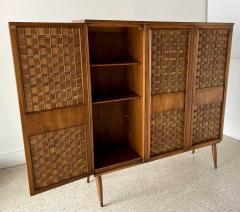 Dunbar American Modern Woven Front 3 Door Cabinet Cabinet Dunbar - 1702430