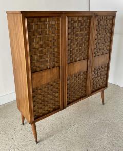Dunbar American Modern Woven Front 3 Door Cabinet Cabinet Dunbar - 1702431