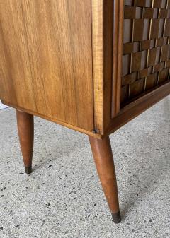 Dunbar American Modern Woven Front 3 Door Cabinet Cabinet Dunbar - 1702432