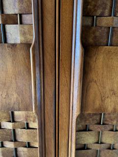 Dunbar American Modern Woven Front 3 Door Cabinet Cabinet Dunbar - 1702433