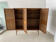 Dunbar American Modern Woven Front 3 Door Cabinet Cabinet Dunbar - 1702437