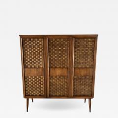 Dunbar American Modern Woven Front 3 Door Cabinet Cabinet Dunbar - 1757100