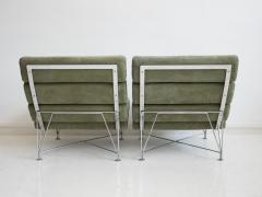 Dux Pair of Green Lounge Chairs by DUX Design Team - 1190799