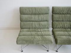 Dux Pair of Green Lounge Chairs by DUX Design Team - 1190802