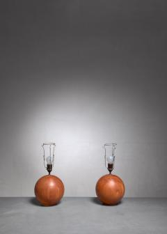 Dyrlund Dyrlund pair of globe shaped teak table lamps Denmark - 1168156