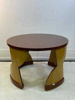Eillen Gray MODERNIST PAIR OF TABLES IN THE MANNER OF EILEEN GRAY - 1961369