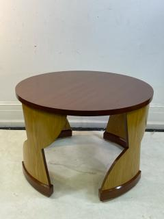 Eillen Gray MODERNIST PAIR OF TABLES IN THE MANNER OF EILEEN GRAY - 1961372