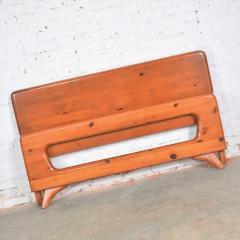 Franklin Shockey Furniture Mid century modern franklin shockey sculpted pine full size bed - 1609364