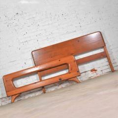 Franklin Shockey Furniture Mid century modern franklin shockey sculpted pine full size bed - 1609365