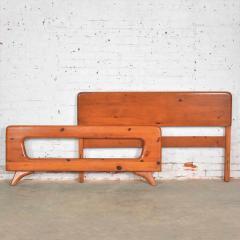 Franklin Shockey Furniture Mid century modern franklin shockey sculpted pine full size bed - 1609367