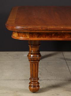 Gillows of Lancaster London Banded Walnut Dining Table by Gillows - 1700213
