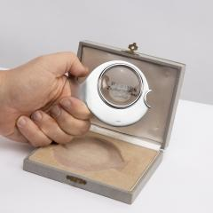 Herm s Herm s Paris Desk magnifier depicting a fish 1970s - 1563454