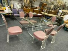 Hill Manufacturing MODERNIST LUCITE DINING TABLE AND SIX LUCITE DINING CHAIRS - 1847893