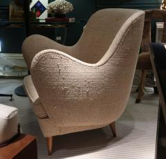 ISA A pair of armchairs by ISA Italy 50 - 763800