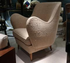 ISA A pair of armchairs by ISA Italy 50 - 763801