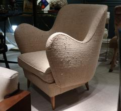 ISA A pair of armchairs by ISA Italy 50 - 763808