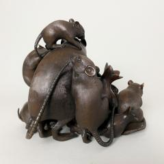 Itsumin An antique Bronze Okimono of a family of rats devouring a pomegranate - 1585342