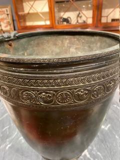 J Chiurazzi Fils Neoclassical grand tour bronze vessel by J Chiurazzi Fils - 1387393