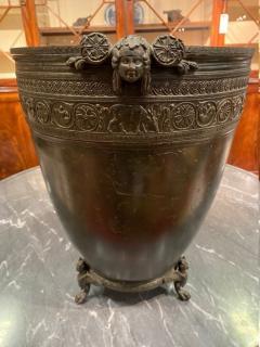 J Chiurazzi Fils Neoclassical grand tour bronze vessel by J Chiurazzi Fils - 1387401