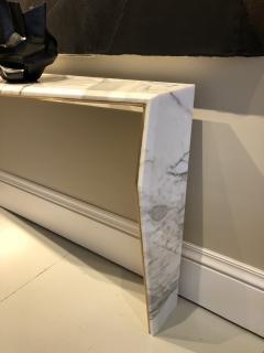 James Devlin Studio Chevron Console Calacatta gold marble  - 1247235