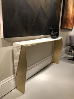 James Devlin Studio Chevron Console Calacatta gold marble  - 1247236