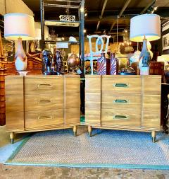 John Widdicomb Co Widdicomb Furniture Co Pair John Widdicomb Mid Century Walnut Chests of Drawers - 1916536