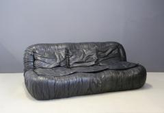 Jonathan De Pas Donato D Urbino Paolo Lomazzi Italian Sofa by De Pas Durbino and Lomazzi in Leather Black 1970s - 1468081