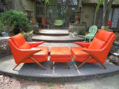 Karpen of California Pair of Momma Poppa Bear Style Karpen Lounge Chairs - 979345