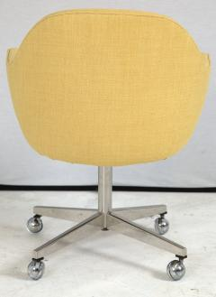 Knoll Knoll Desk Chair in Yellow Microfiber - 246808