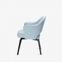 Knoll Knoll Saarinen Executive Arm Chairs in Ultrasuede Walnut Legs Set of 4 - 2082131