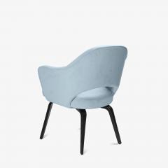 Knoll Knoll Saarinen Executive Arm Chairs in Ultrasuede Walnut Legs Set of 4 - 2082133
