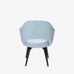 Knoll Knoll Saarinen Executive Arm Chairs in Ultrasuede Walnut Legs Set of 4 - 2082134
