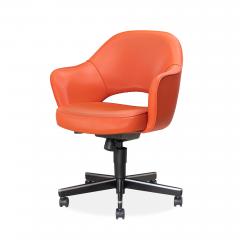 Knoll Saarinen Executive Arm Chair in Vinyl Swivel Base by Eero Saarinen for Knoll - 1838686