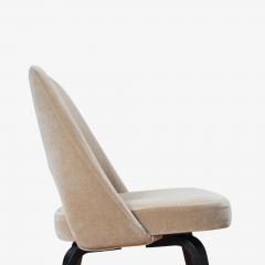 Knoll Saarinen Executive Armless Chairs in Mohair Walnut by Eero Saarinen for Knoll - 1796839