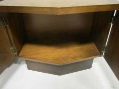 Lane Furniture Handsome Pair Of Ribbed Front Plinth Base Lane Night Stands Mid century Modern - 1862492
